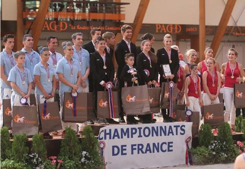 Le podium amateur Elite équipe (© Pascale Vacher)