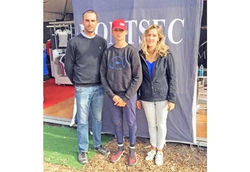 Quentin Nolin avec son coach Mathieu Schmitt et sa maman