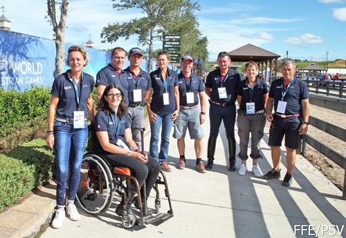 L'équipe de Para-Equestre (© FFE/PSV)