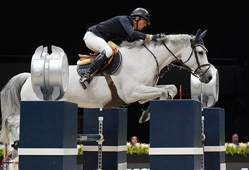 Une de l'Othain, 2è du Grand Prix 5* de New York, avec Harrie Smolders, est née chez Christian Morel à Rupt-sur-Othain (Photo Sporfot)