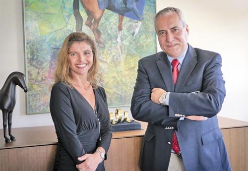 Ingmar De Vos président de la FEI et Jessica Newman fondatrice de JustWorld