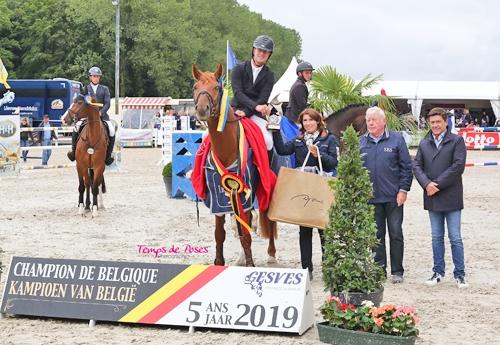 Okky-Blue-S/Pieter Kenis, champions des 5 ans (© Temps de Poses Photography)