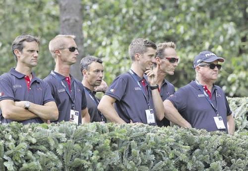 L'équipe de France lors de la reconnaissance du Cross (© FFE/PSV)