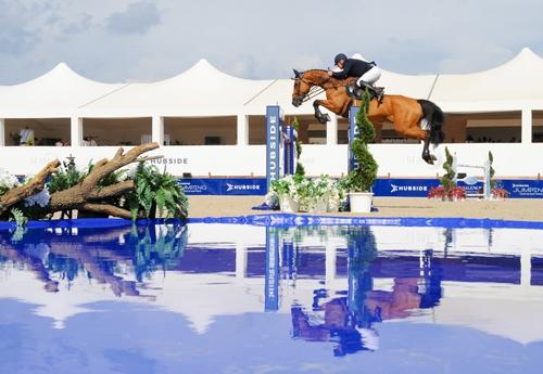 Roger-Yves Bost et Castelforbes Talitha (© HUBSIDE JUMPING / Marco Villanti)