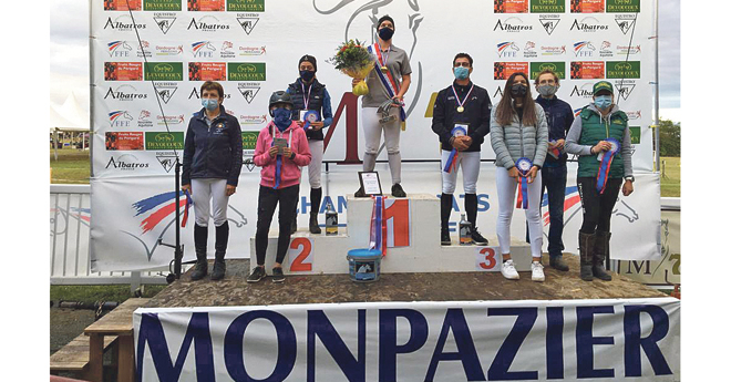 Le podium du championnat de France Amateur Elite Grand Prix 2020 (© FFE DR)